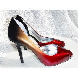 Jessica Simpson gradient red to black heels pumps